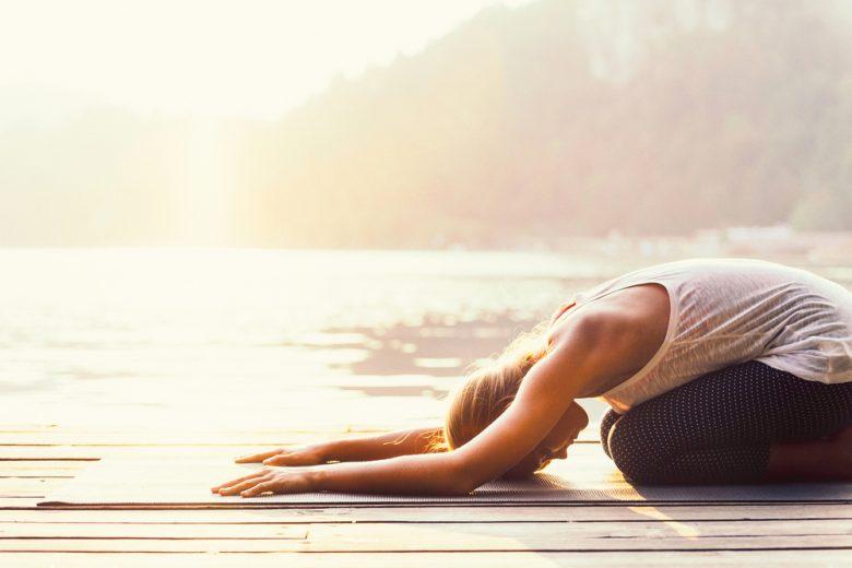 stresszoldó jóga póz